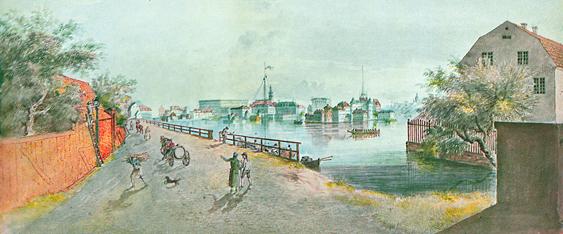 Närmar vi oss centrum från Kungsholmen som här på Elias Martins färglitografi känner vi igen oss. Riddarholmen och Gamla stan ter sig tämligen lika den nutida vyn. Huset till vänster ligger där Stadshuset ligger idag. De röda stugan skulle ligga framför Serafimerlasarettet. Kungsholmsbron var då en mycket lång skranglig träbro till den då mer avlägsna andra stranden på Klara Sjö idag bara en kanal.