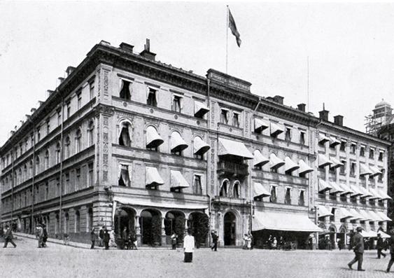 Hôtel Rydberg vid Gustav Adolfs torg vid förra sekelskiftet. Under markisen till höger låg den berömda baren.